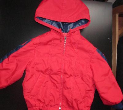 Dětská červená jarní / podzimní bunda, vel. 86