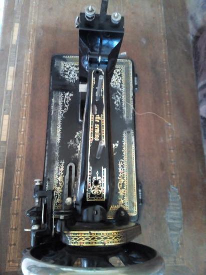 Šicí stroj Singer starožitný - Starožitnosti