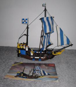 Lego 6274 Piráti, Čísařská loď z 90 let