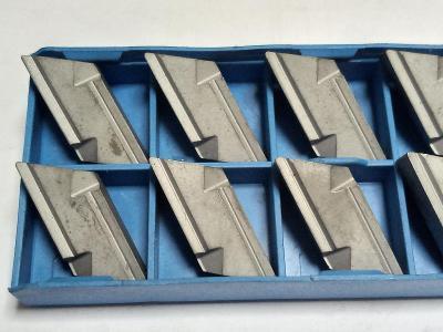 KNUX 160405 ER - Plátky soustružnické typu Pramet k soustružení ocelí.