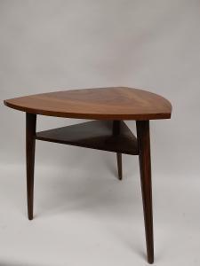 Stůl - stolek - trsátko - retro