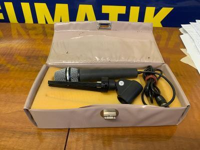 Starý mikrofon