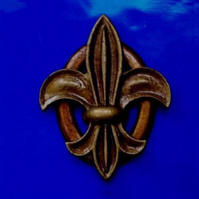 Velký Odzdnak nebo Plaketa -Francouzská Heraldická LiLie 100x 80 mm