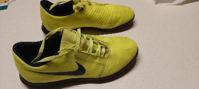 Dětské kopačky Nike Phanton - Turfy č. 38