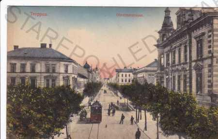 Opava (Troppau), Olomoucká ulice, tramvaj, kolorov