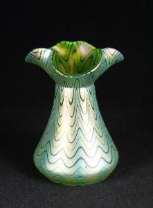Váza Loetz