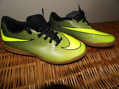 .*vel. 38.5 NOVÁ OBUV Nike*