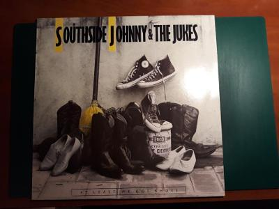 SOUTHSIDE JOHNNY AND THE ASBURY JUKES - At Least We Got Shoes