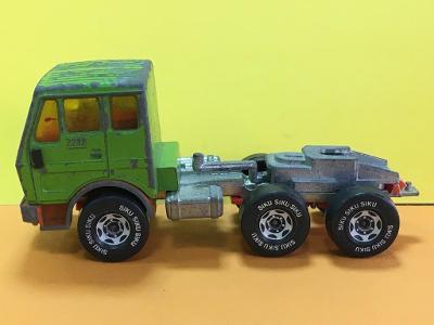 Truck Mercedes Benz 2232- Siku (H4-c2)