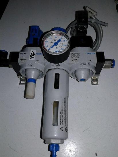 Úpravna vzduchu FESTO s manometrem - Průmysl