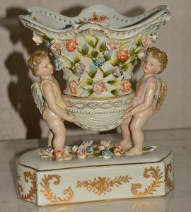 Zámecká miska s amorkem - porcelán + bronz-KRÁSNÁ