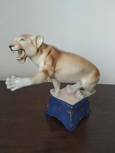 Royal dux porcelánová soška cirkusová levica