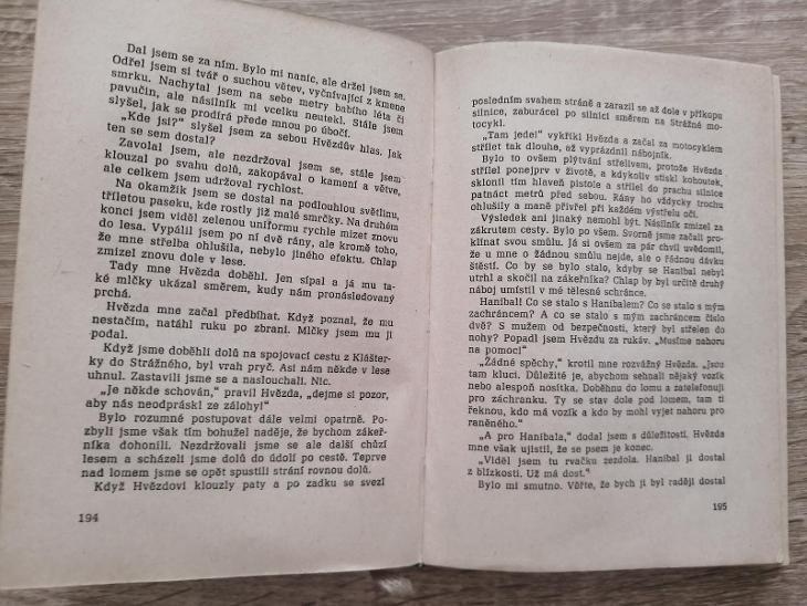 KNIHA - PODRUŽNÝ PŘÍPAD - Martin Adam - rok 1964 - Knihy