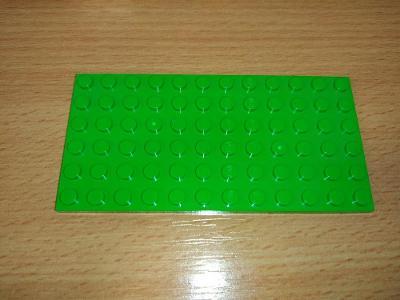 Lego díl 3028 - deska zelená