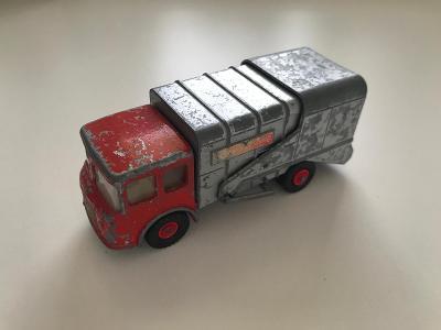 Matchbox K7 Refuse Truck