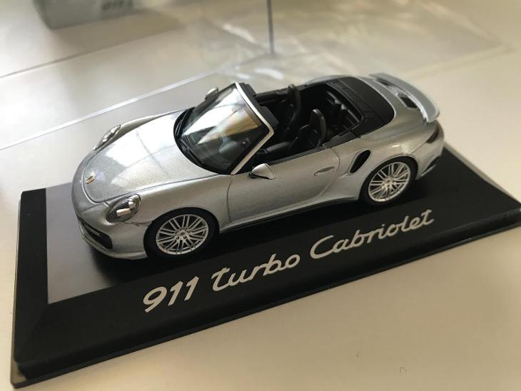 1:43 Porsche 911 Turbo Cabriolet Herpa - Modelářství
