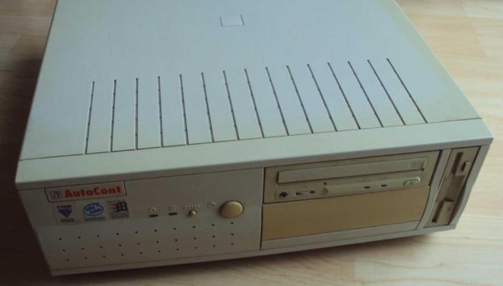 Historické PC - funkční - Historické počítače