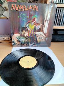 PRODÁM LP MARILLION SCRIPT FOR A JESTER'S TEAR 1983