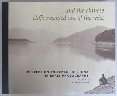 … and the Chinese cliffs emerged out of the mist: Percept