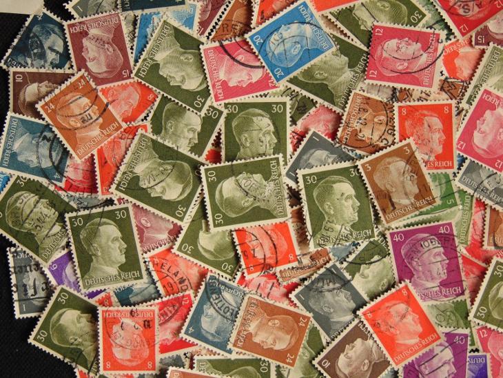 Zajímavá sbírka známek pouze HITLER  - Filatelie