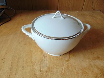 Mísa na polévku / terina - CORNELIA, karlovarský porcelán Loučky