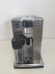 Automatický kávovar Saeco HD8917/09