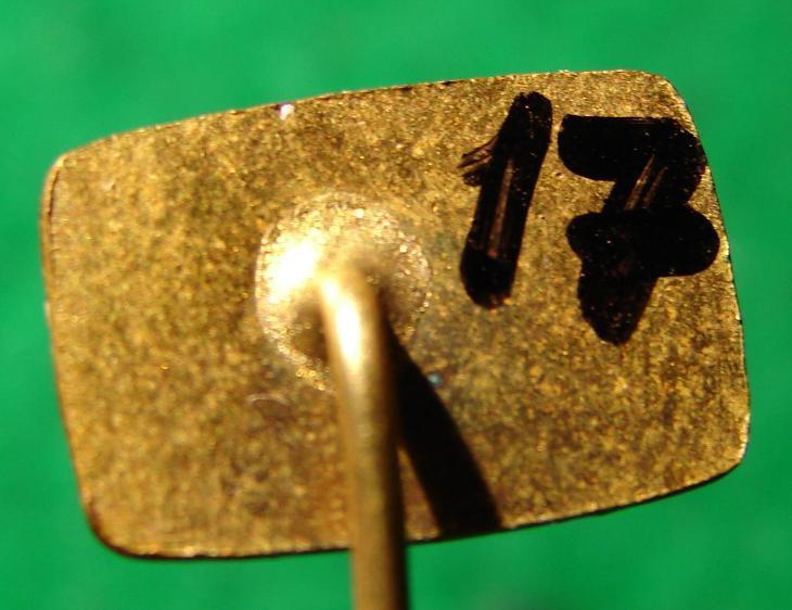 odznak RESTAURACE TRANSIT LETIŠTĚ PRAHA/17 - Faleristika