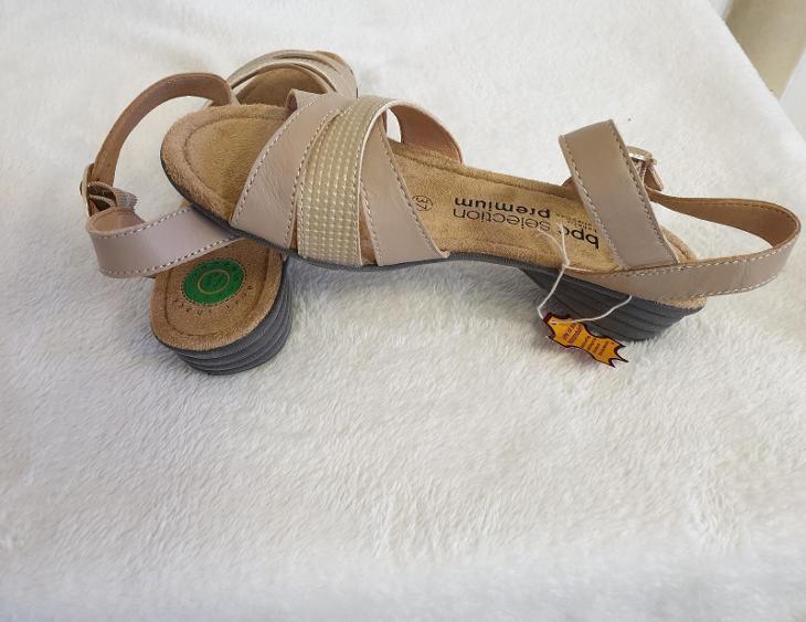 7F168 SANDÁLY NA KLÍNKU V. 37 *976084* - Dámské boty