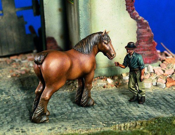 RARE VERLINDEN 1/35 Farmer w/Horse - Modelářství