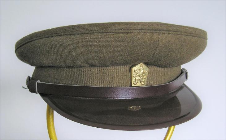Čepice - ČSLA - voják základní služby -  1985 - vel. 53 - uloženka - Vojenské