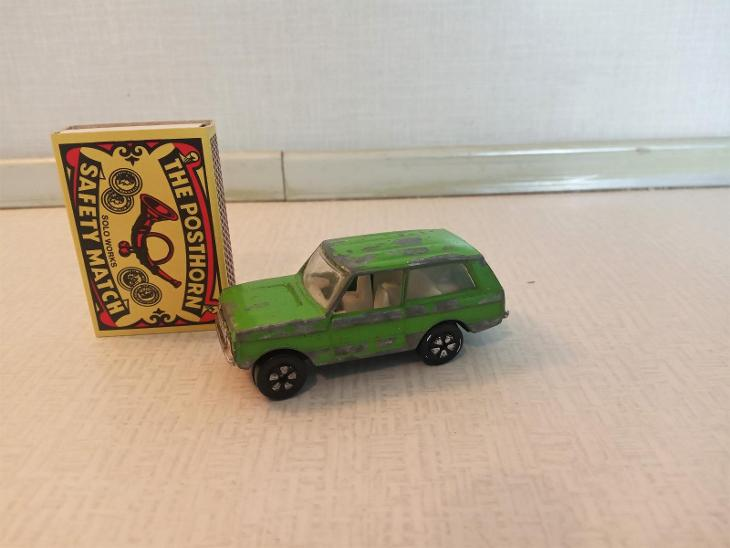 Range Rover-Playart - Starožitnosti