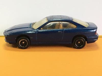 BMW 850i tm. modrá - Corgi (M17-m8)