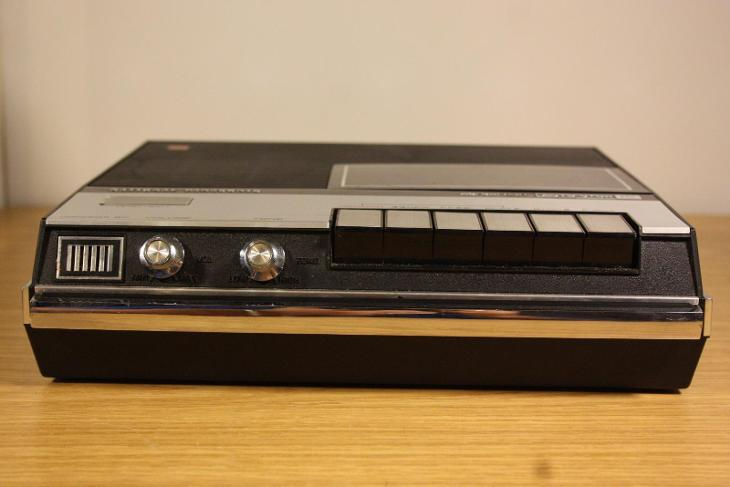 Starý magnetofon - National Panasonic  - Starožitnosti