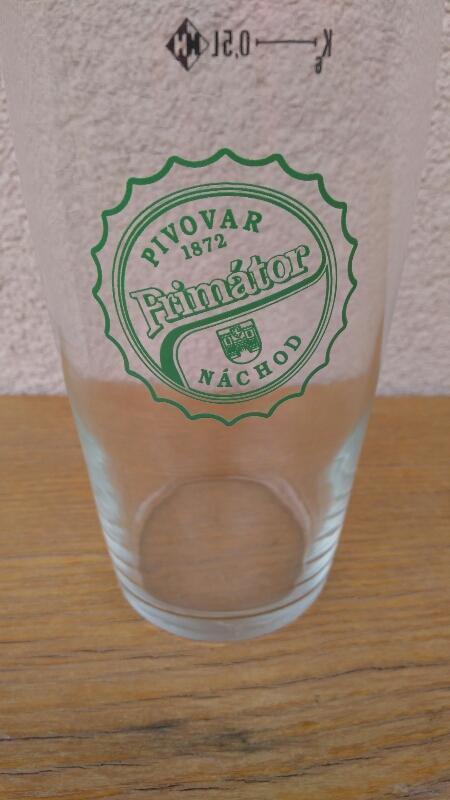 Staré pivní sklo  - PIVOVAR PRIMÁTOR NÁCHOD - Nápojový průmysl