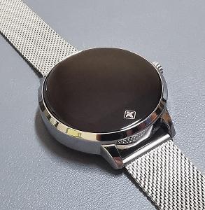 Chytré hodinky Tiger smartWATCH Rome. PC: 3500 Kč.