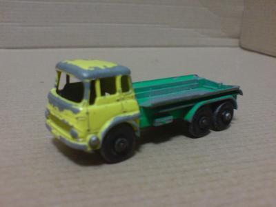 MB25-Petrol Tanker