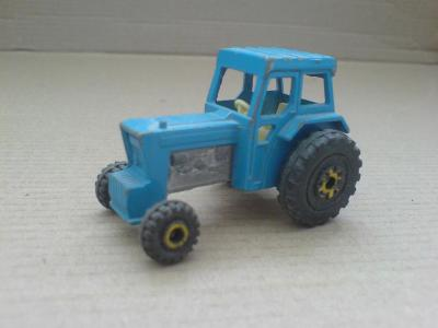 MB46-Ford Tractor