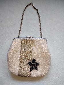 Stará perličková, korálková kabelka