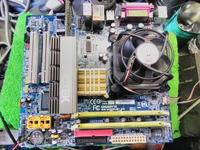 ZÁKLAD PC - DESKA, CPU P4, RAM, GRAFIKA 256GB, CHLADIČ