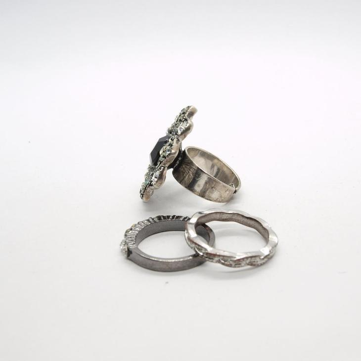 Prsteny - Starožitnosti