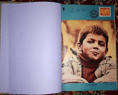 Pionýr kompletní ročník XVIII. 1970/1971 svázaný do pevných desek