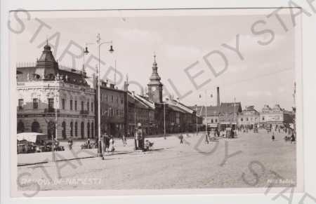 Rakovník - náměstí, foto Sadil, trh, auto