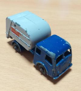 Matchbox-15C Refuse Truck