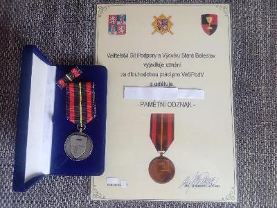 Pamětní odznak Velitelství sil a podpory a výcviku SB + dekret č --7