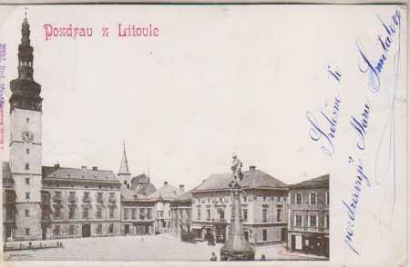 Litovel, část náměstí - radnice, morový sloup, DA