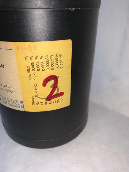Dihydrogencitronan amonný bezvodý p.a. (99,5%, C6H7NaO7, 500g) - Foto