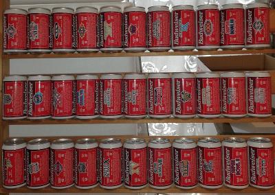 Kompletní série pivních plechovek Budweiser Super Bowl USA !! 33 kusů!