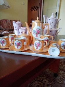 Starožitnou porcelánovou soupravu. Viktoria China. Stará 140let,.5