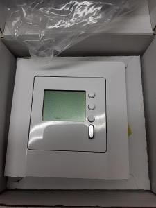 Prostorový termostat Legrand Niloe