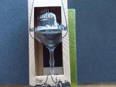 Stará sklenice pivo dekorativní perfektní limitovaná edice kopaná